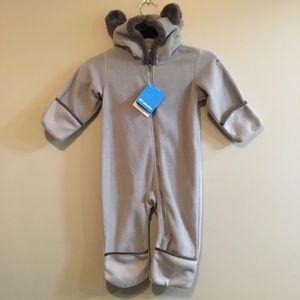 NWT Columbia grey teddy bear bunting suit